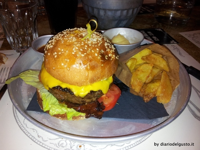Foto Dolce Cheeseburger
